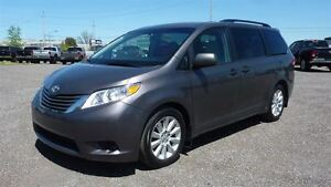 2014 Toyota Sienna 5dr V6 LE 8-Pass FWD