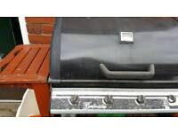 Big Gas bbq in fair condition needs slit atenchon