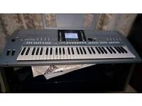 Yamaha PSR-S910 61-Key Yamaha keyboard and arranger workstation USB