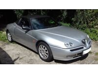 Alfa Romeo Spider, 2 litre Twin Spark, 2001, fantastic condition.