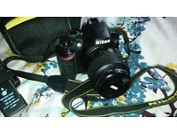 *LIKE NEW* DSLR Nikon D3200 24M with a lens+case+charger+32GB memory card