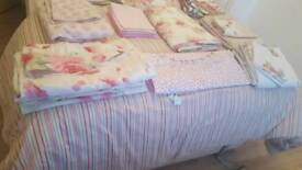 Job lot of pretty bedding/curtains