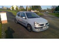 2002 Clio 1.2 £350