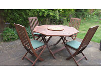 Solid wood garden table & 4 chairs - South Oxford