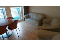***MODERN 2 BEDROOM APARTMENT WALLACE STREET £725 - AVAILABLE 12TH OCTOBER 2017***