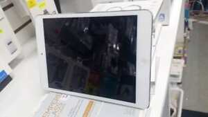 APPLE IPAD A1475 SLIGHTLY USED FOR SALE SIM