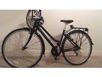 Woman ridgeback hybrid bike