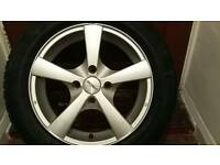 Set of 4 dezent 15 alloys with winter tyres