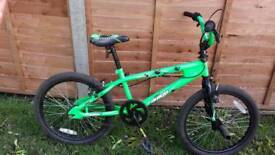 Unisex bmx bike with stunt pegs