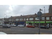 Beautiful Shop/Office to let in Streatham Road Mitcham