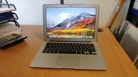 """Apple Macbook Air 13.3"""" A1466 - i5-1.6GHz, 8GB, 128FLASH - BOXED VGC - Free P&P"""
