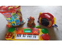 Mega Blok, CD Player,Keyboard & Build and play Dinosaur Bundle