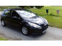 Peugeot 307 1.6 Petrol 2005 - Black 5 Door!