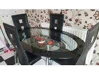 Dineing table with 4 chairs