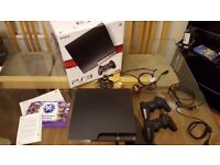 Playstation 3 (PS3) Slim 120GB + 2 controllers