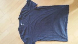 Men's Blue V Neck T shirt H&M - Size M