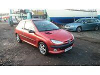 Cheap n' cheerful runaround for sale! 6 months MOT remaining. Ideal 1st car / runaround