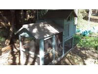 Chicken coop , hen house with run or rabbits guinea pig etc