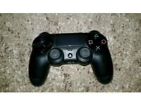 PS4 (PlayStation 4) wireless controller
