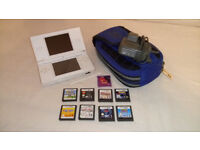 Nintendo DS lite bundle with 10 games, charger and Nintendo case