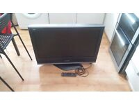"Panasonic Viera TX-32LMD70A 32"" 720p HD LCD Television GOOD CONDITION"