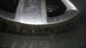 175/70/14 tyre like new