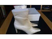 Ivory Bridal Boots size 4