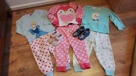 Pyjamas 3-4 years and slippers size 6