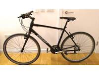 Giant 54cm hybrid road bike in new condition