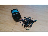 Guitar pedal 9v mains adapter / power supply unit