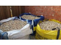 20MM HONEY GRAVEL - £40 PER BULK BAG OR £1.50 FOR 20KG BAGS
