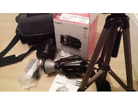 Canon LEGRIA HV40 - Camcorder - High Definition + Canon WD-H43 Wide Converter