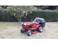 Murray 12/30 4 stroke ride on lawn mower.