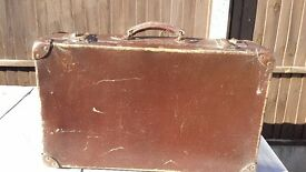 Vintage suitcase, Brown Retro. Used. Suitable for prop, window display, photography, wedding.