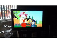 "32 "" toshiba lcd tv in excellent condition"