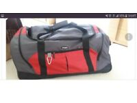 Samsonite large wheeled bag suitcase