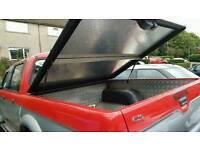 L200 rear canopy
