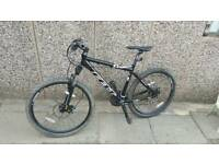 Felt Q220 Mountain Bike