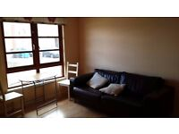 Next to Uni - Daniel Street, bright, clean, fully furnished, 2 bed flat. Honest, private landlord