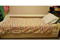 Single bed with underneath pull out single bed