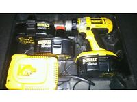 Dewalt drill, with case and 2 spare batteries (1 is new)