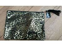 BNWT - Leppard print clutch bag!