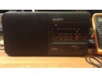 Sony Mains/Battery Radio