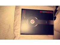 Genuine beats by dre solo HD earphones.