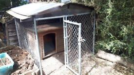"""Galvanised """"Lucky Dog"""" Dog Run and Kennel"""