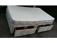 Double bed 4 ft queen size 2 drawers. Delivery.