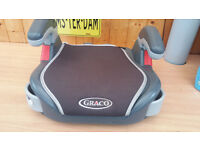 GRAYCO - Child/Junior car booster seat - good condition - 2 cup holders - adjustable height arms