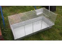 Indoor rabbit hutch/cage 120cm