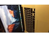 MacBook Pro 15 inch, 16 Gb ram, i7, 500 SSD in Mint condition