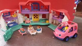 Fisher Price Little People house with people and a car